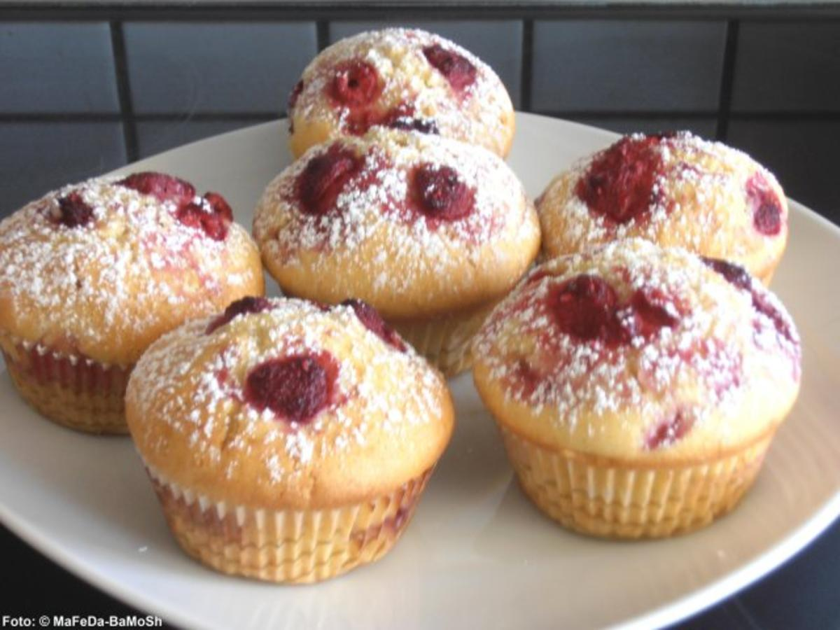 vanille muffins mit himbeeren rezept mit bild. Black Bedroom Furniture Sets. Home Design Ideas