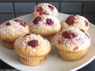 Vanille-Muffins mit Himbeeren - Rezept
