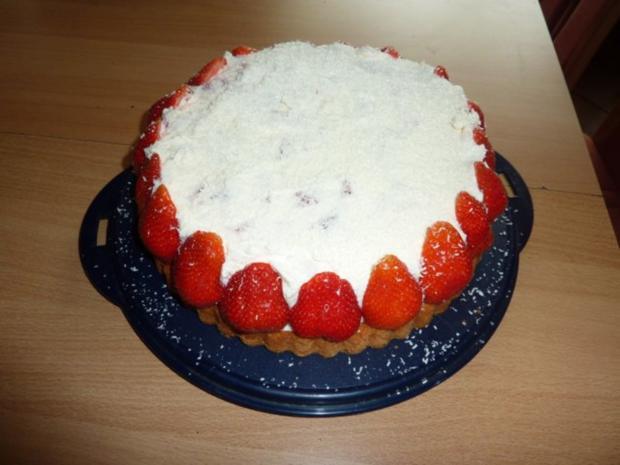 Torten: Erdbeertorte mit Schmand - Rezept - Bild Nr. 7
