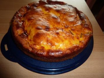 Torten: Rhabarbertorte mit Mascarponeguß - Rezept