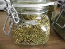 Vorräte : Gemüsebrühe / Gemüse-Salz selbstgemacht...eine weitere Variante - Rezept