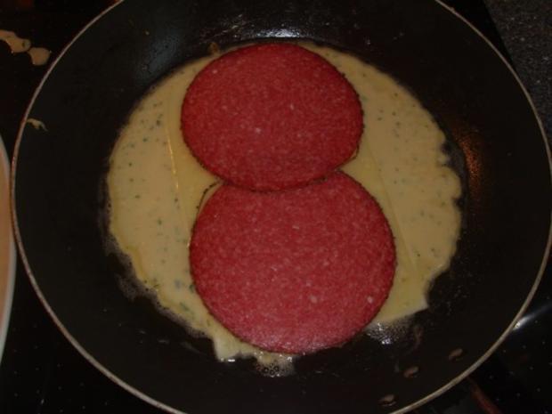 Pfannekuchen mit Salami und Käse - Rezept - Bild Nr. 3