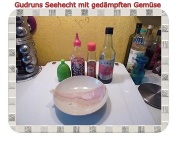 Fisch: Seehecht mit gedämpften Gemüse und Tomatensoße - Rezept - Bild Nr. 3
