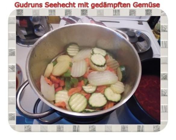 Fisch: Seehecht mit gedämpften Gemüse und Tomatensoße - Rezept - Bild Nr. 8