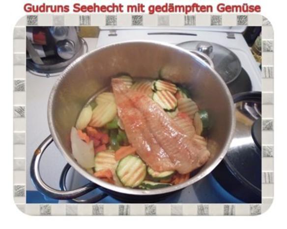 Fisch: Seehecht mit gedämpften Gemüse und Tomatensoße - Rezept - Bild Nr. 10