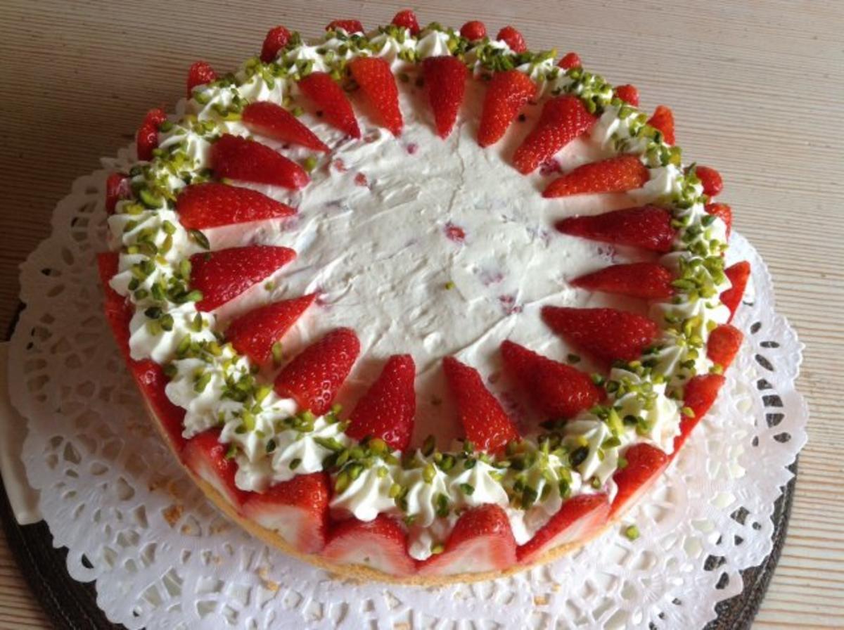 Erbeer-Mascarpone-Torte - Rezept mit Bild