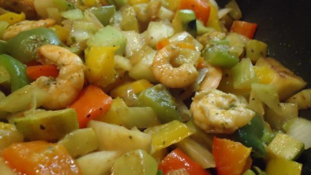 Gemüse-Pfanne mit Scampis - Rezept - Bild Nr. 2