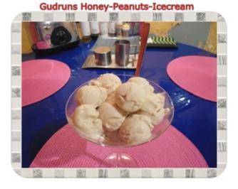 Eis: Honey-Peanuts-Icecream - Rezept