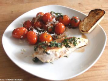 Basilikumhähnchen mit geschmolzenen Tomaten - Rezept