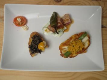 Tuna-Poke, Black-Olive-Tapenade und Frühlingszwiebel-Halloumi-Bruschetta mit Karotten - Rezept