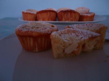 Aprikosen- Quark- Grieß-Muffins - Rezept