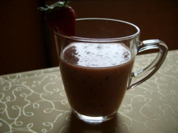 Smoothie: Kiwi - Banane - Erdbeer - Rezept