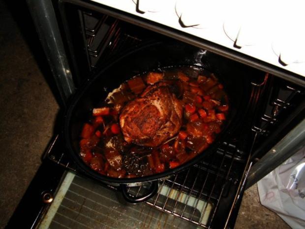 Schweinebraten in Schwarzbiersoße - Rezept - Bild Nr. 4
