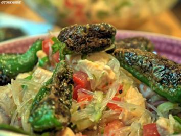Geflügel-Glasnudel-Salat mit Pimentos de Padron - Rezept