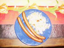 Weißkohlsalat mit Pferdewürstchen - Rezept