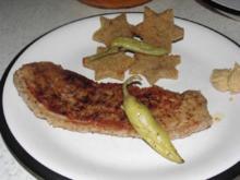 Falsches Kotelett mit Stern - Röstbrot und meinen schnellen Tomatensalat - Rezept