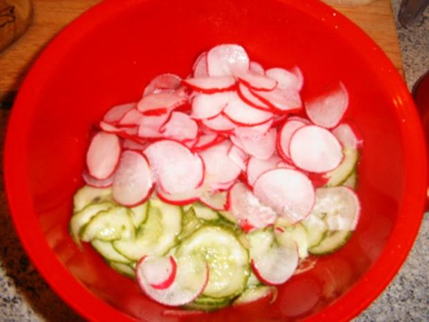 Radieschen-Gurkensalat - Rezept - Bild Nr. 3