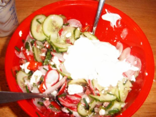 Radieschen-Gurkensalat - Rezept - Bild Nr. 7