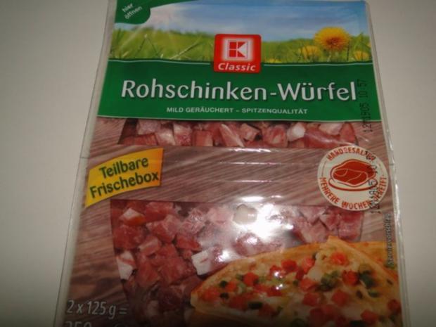 Spitzkohlrouladen mit Hack-Zwiebel-Masse mit Kapern in der Füllung mit Gewürzgurken - Rezept - Bild Nr. 5