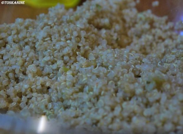 Quinoa-Salat mit Tomaten und Radieschen - Rezept - Bild Nr. 4