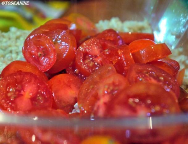 Quinoa-Salat mit Tomaten und Radieschen - Rezept - Bild Nr. 5
