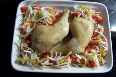 Rezept: Hähnchenschenkel im Tomatennest