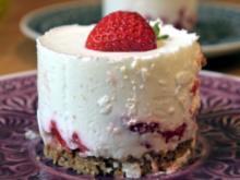 Holunderblüten-Erdbeer-Törtchen - Rezept