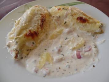 Chicoreeröllchen mit Zitronen -Käse-Sauce - Rezept