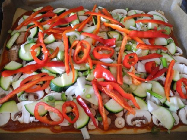 Vegan : Große Gemüse - Pizza - Rezept - Bild Nr. 10
