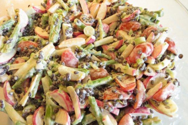 Bunter Salat Mit Radieschen Spargel Und Linsen Rezept Kochbarde