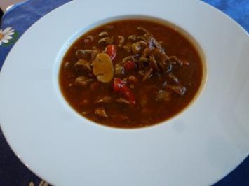 Gulaschsuppe leicht verschärft - Rezept