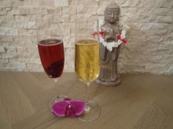10 champagnercocktail rezepte. Black Bedroom Furniture Sets. Home Design Ideas