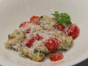 Gnocchi mit Parmesan und Tomatensoße (Verena Kerth) - Rezept