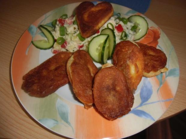 Vegetarischer Kartoffelsalat mit Schnitzelstreifen im Ausbackteig - Rezept