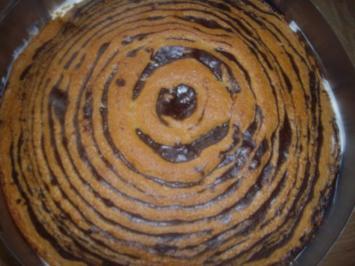 zebra-erdbeer -vanillesahne kuchen - Rezept