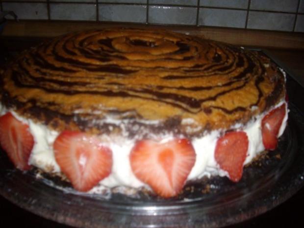 zebra-erdbeer -vanillesahne kuchen - Rezept - Bild Nr. 2