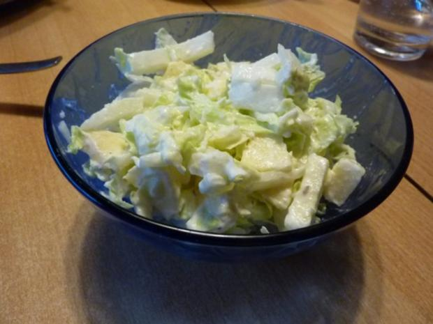 Salate: Chinakohl mit Apfel - Rezept - Bild Nr. 3