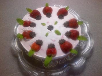 Rezept: Erdbeer-Sahne-Torte
