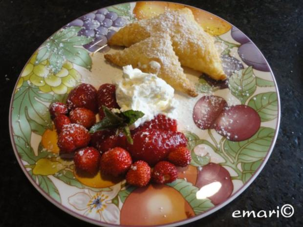 Polsterzipfel mit Erdbeer Fülle - Rezept