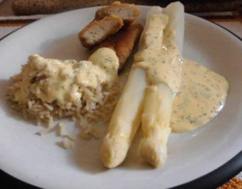 Asparagus mit Kräuter Hollandaise, Natur Reis und marinierte Hähnchen - Innenfilets - Rezept