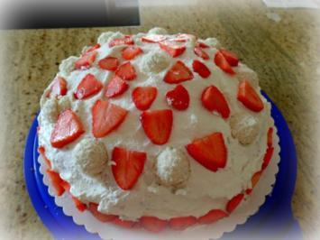 Erdbeer-Kokos-Torte - Rezept