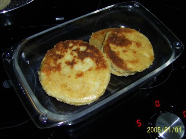 Ohne Fleisch: panierte Sellerie-Schnitzel & Rucolasalat - Rezept - Bild Nr. 4