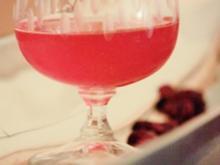 Liköre: Cranberry-Limetten-Likör mit Kokos-Rum - Rezept