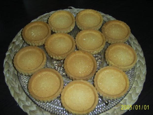 Kuchen: Erdbeer-Torteletts für das Kaffeekränzchen - Rezept - Bild Nr. 5