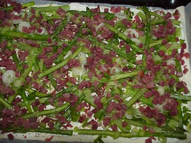 Grüne Spargel-Pizza - Rezept