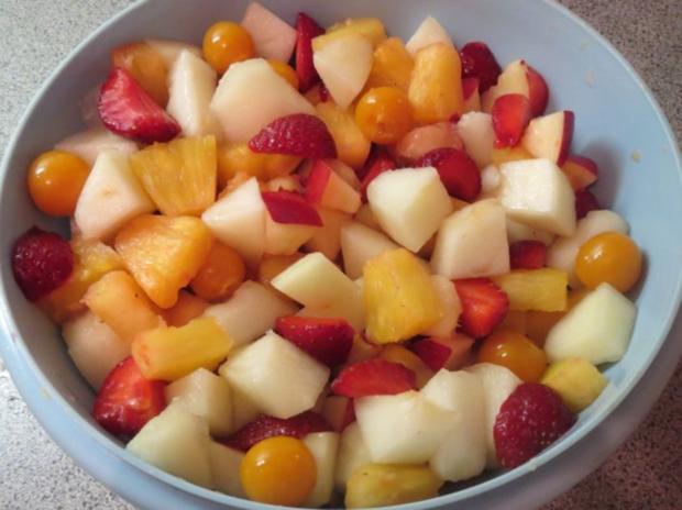 Salat: Obstsalat mit Joghurtdressing - Rezept - Bild Nr. 2