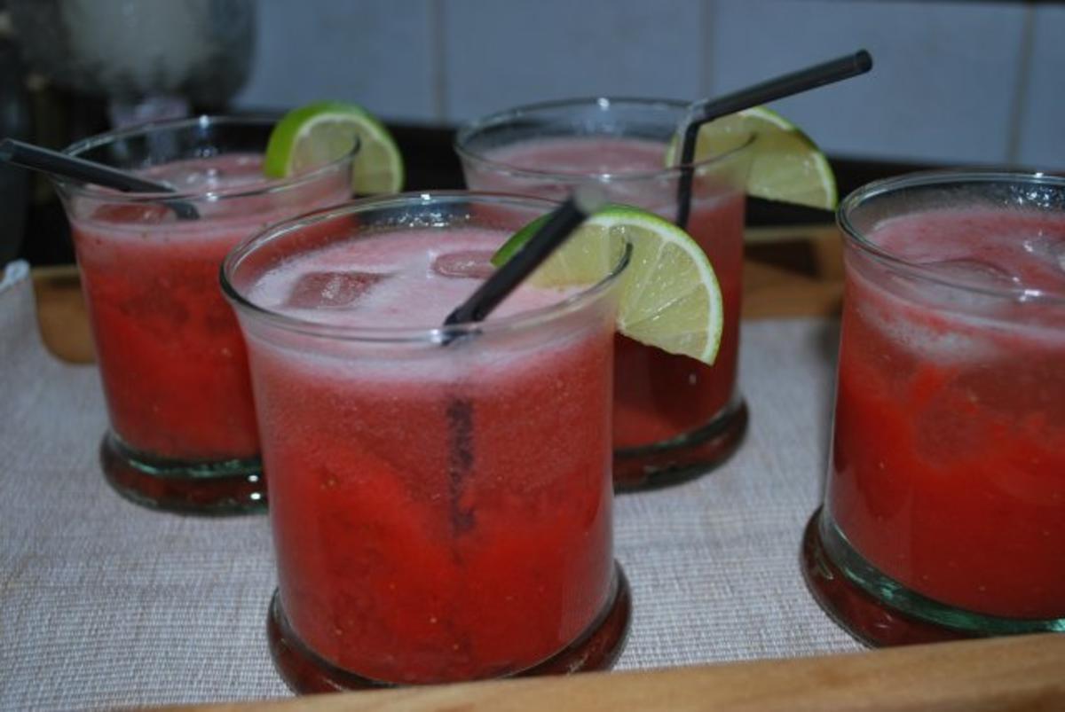 Strawberry-Hugo - Rezept Eingereicht von Anni2000
