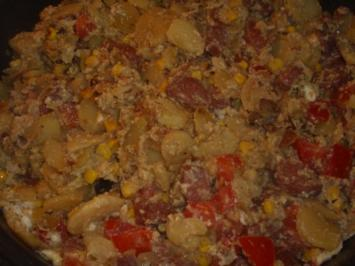 Kartoffel-Sucuk-Eier Pfanne - Rezept