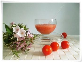 Rezept: ☀ Erfrischender Tomaten- Gurke Smoothie ☀