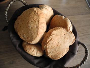 Brot & Brötchen : Dinkel - Brötchen - Rezept